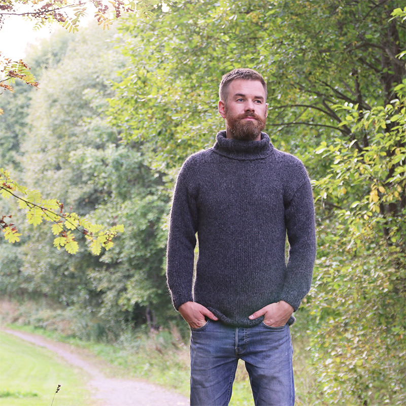 Sturdy Sweater - Soft and masculine knit sweater