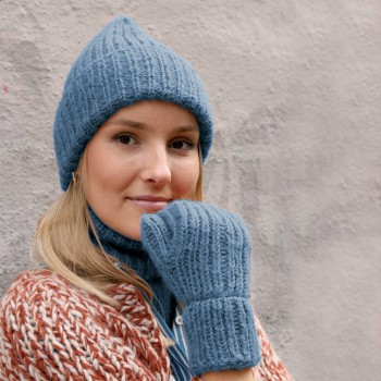 Powder - Hat, cowl and mittens
