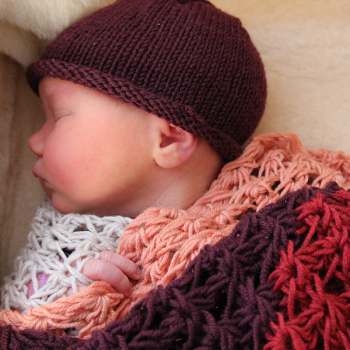 Full-moon Blanket and Hat for Liv